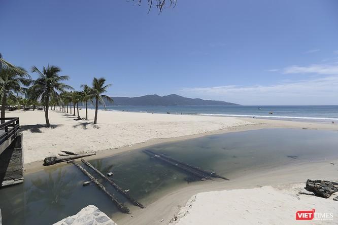 """Bãi biển Đà Nẵng """"ngộ độc"""" nước thải thế nào - Kỳ 1 ảnh 12"""