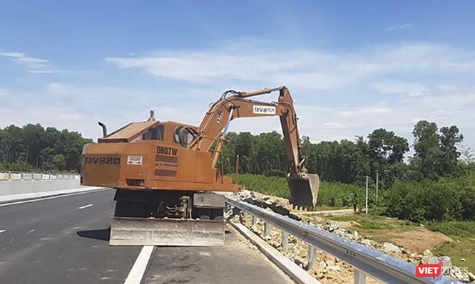 Chính thức thông xe cao tốc Đà Nẵng - Quảng Ngãi dài 139 km, không phục vụ xe máy, tạm thời chưa thu phí ảnh 2