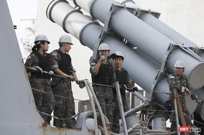 Khu trục hạm Hải quân Hàn Quốc thăm chính thức Đà Nẵng được trang bị vũ khí khủng gì? ảnh 15