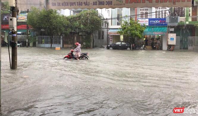 Mưa lớn sẽ tiếp tục, Đà Nẵng khả năng vẫn ngập nặng trong vài ngày tới ảnh 6