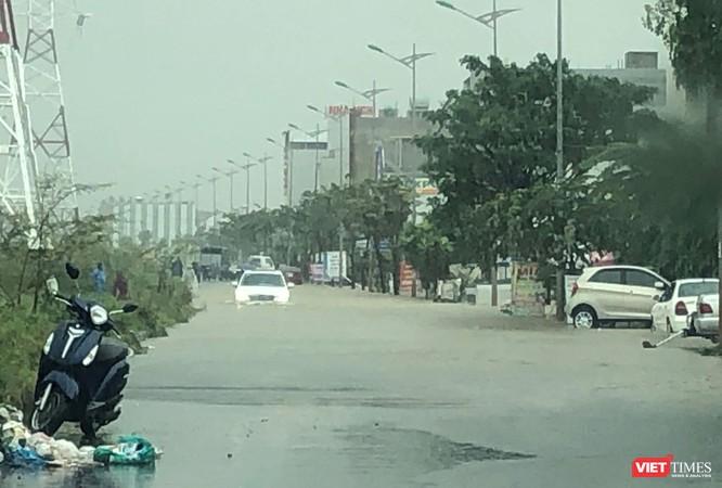 Mưa lớn kéo dài, Đà Nẵng ngập úng nghiêm trọng ảnh 5