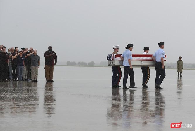 Việt Nam bàn giao thêm 3 bộ hài cốt quân nhân Mỹ ảnh 9