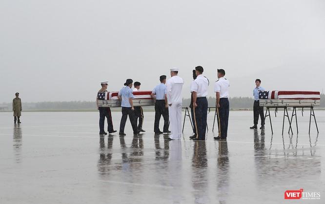 Việt Nam bàn giao thêm 3 bộ hài cốt quân nhân Mỹ ảnh 11