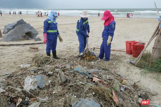 Chủ tịch Đà Nẵng kêu gọi toàn TP chung tay dọn rác sau mưa lớn ảnh 2