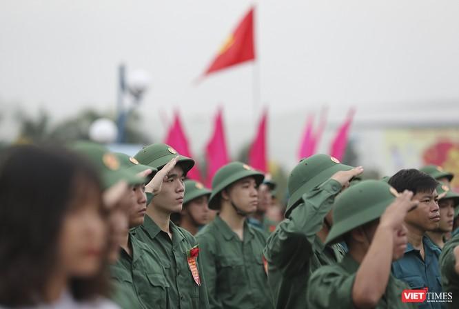 Chùm ảnh: Những khoảnh khắc xúc động trong Lễ giao nhận quân Đà Nẵng 2019 ảnh 15