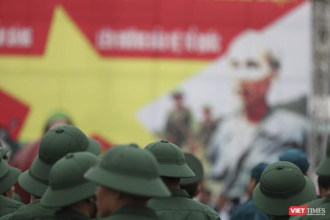 Chùm ảnh: Những khoảnh khắc xúc động trong Lễ giao nhận quân Đà Nẵng 2019 ảnh 19