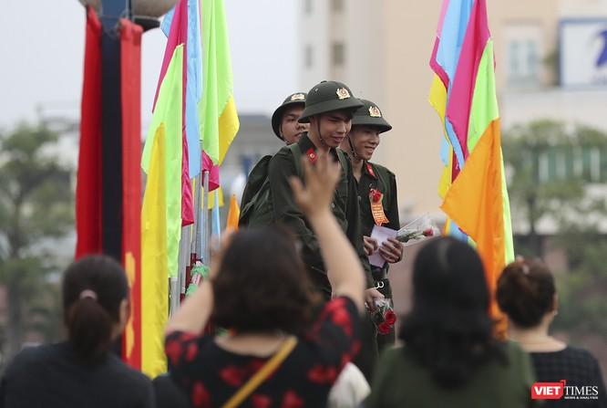 Chùm ảnh: Những khoảnh khắc xúc động trong Lễ giao nhận quân Đà Nẵng 2019 ảnh 32