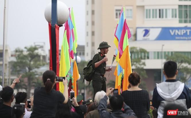 Chùm ảnh: Những khoảnh khắc xúc động trong Lễ giao nhận quân Đà Nẵng 2019 ảnh 33