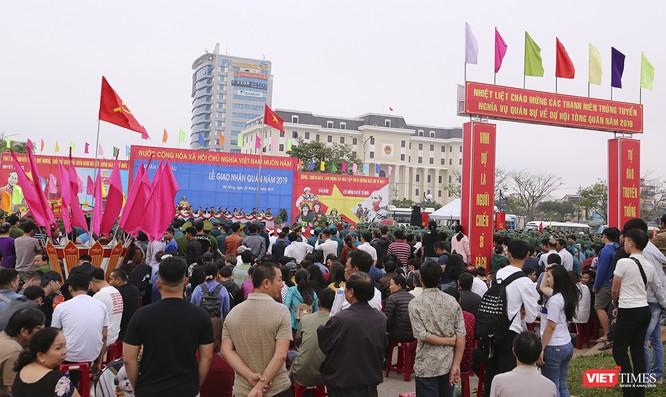 Chùm ảnh: Những khoảnh khắc xúc động trong Lễ giao nhận quân Đà Nẵng 2019 ảnh 3