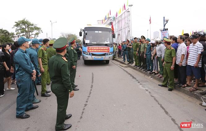 Chùm ảnh: Những khoảnh khắc xúc động trong Lễ giao nhận quân Đà Nẵng 2019 ảnh 37