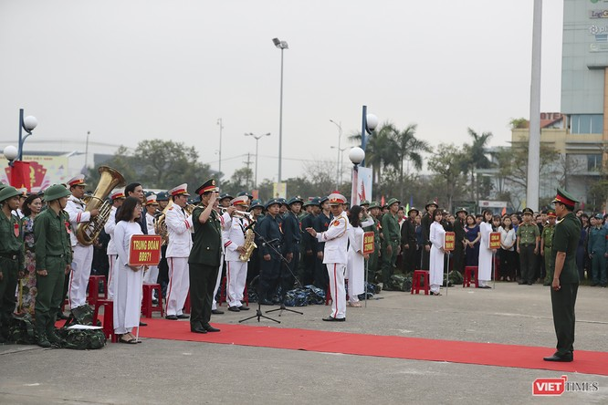Chùm ảnh: Những khoảnh khắc xúc động trong Lễ giao nhận quân Đà Nẵng 2019 ảnh 6