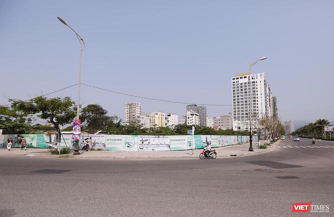 Lô đất rộng 2,7ha tại góc tây bắc nút giao thông Võ Văn Kiệt-Võ Nguyên Giáp (quận Sơn Trà) dự kiến được sử dụng để nghiên cứu Dự án tổ hợp trung tâm tài chính Danang Gateway