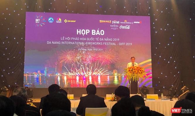 Ông Lê Trung Chinh - Phó Chủ tịch UBND TP.Đà Nẵng, Trưởng Ban tổ chức DIFF 2019 phát biểu tại buổi Họp báo
