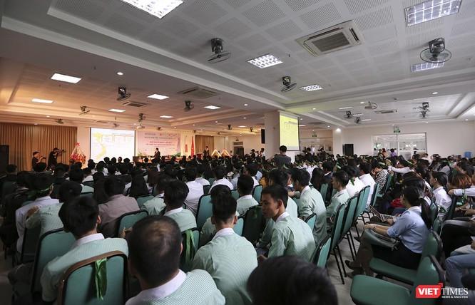 Sáng 21/3, tại Đại học Đông Á (Đà Nẵng), chương trình Lễ hội giao lưu văn hóa Việt – Nhật và Ngày hội việc làm Nhật Bản 2019 đã diễn ra với rất nhiều hoạt động thiết thực và bổ ích dành cho sinh viên, học sinh.