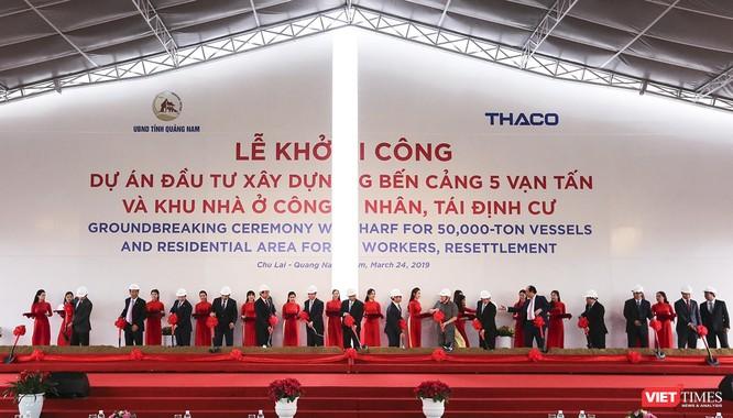 Cùng ngày, THACO cũng khởi công Dự án Đầu tư xây dựng bến cảng 5 vạn tấn và Khu nhà ở công nhân, tái định cư tại khu vực cảng biển Chu Lai.