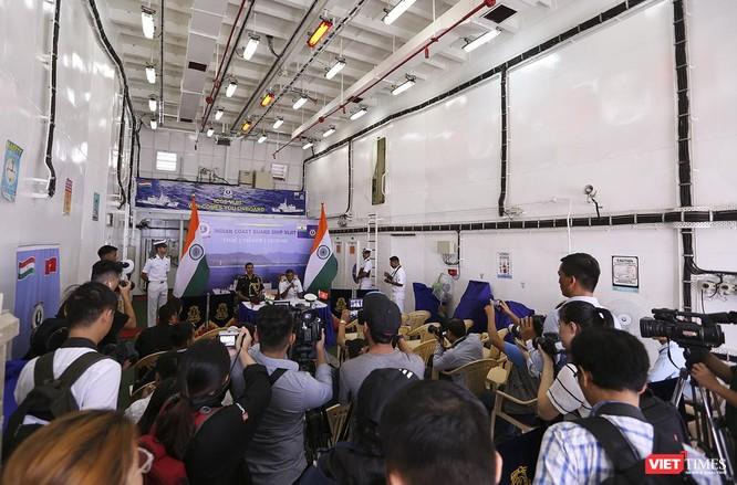 Tàu cảnh sát biển Ấn Độ chính thức đến thăm Đà Nẵng trong 4 ngày ảnh 21