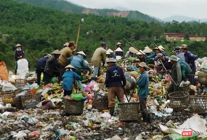 Bãi rác Khánh Sơn đang dần quá tải