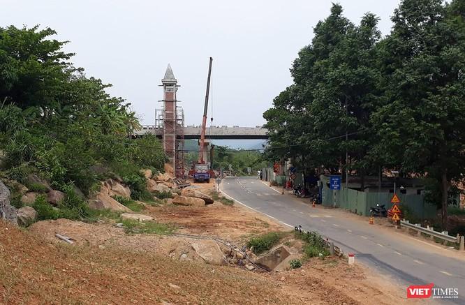 Đà Nẵng: Bất ngờ xuất hiện cầu vượt của Khu du lịch vắt ngang Quốc lộ 14G ảnh 2