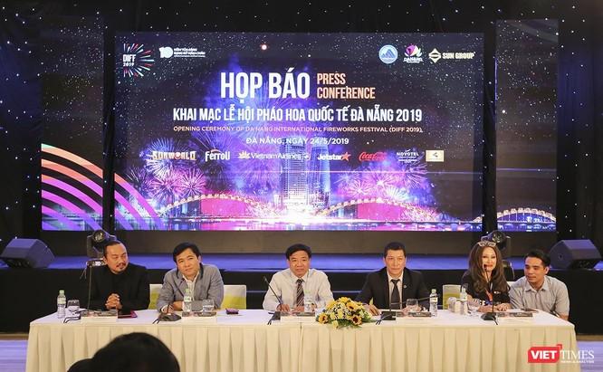 """Pháo hoa Quốc tế Đà Nẵng 2019: Tất cả đã sẵn sàng để nghe """"những dòng sông kể chuyện"""" ảnh 1"""