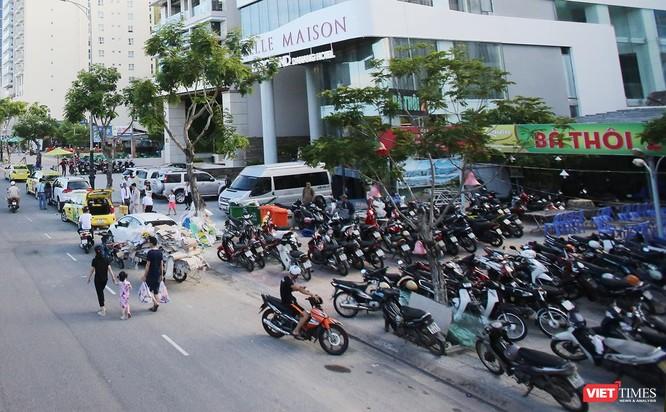 Một loạt các nhà hàng hải sản ven biển du lịch Đà Nẵng có tên tuổi được xây dựng không có giấy phép