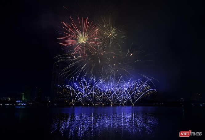 Chính thức khai mạc Lễ hội pháo hoa Quốc tế Đà Nẵng 2019 ảnh 6