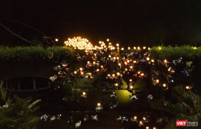 Hội An: Lung linh lễ thắp sáng 7 đài sen mùa Vu Lan ảnh 14
