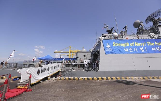 Đội tàu khu trục Hải quân Hàn Quốc chính thức thăm Đà Nẵng ảnh 12
