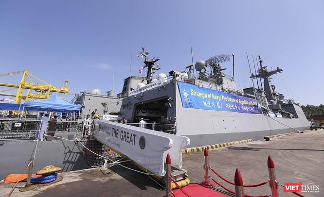 Đội tàu khu trục Hải quân Hàn Quốc chính thức thăm Đà Nẵng ảnh 14