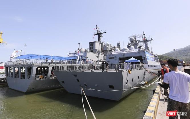 Đội tàu khu trục Hải quân Hàn Quốc chính thức thăm Đà Nẵng ảnh 16