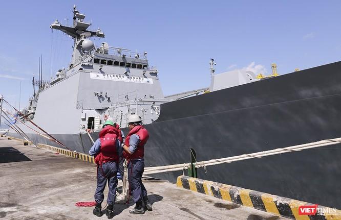 Đội tàu khu trục Hải quân Hàn Quốc chính thức thăm Đà Nẵng ảnh 5