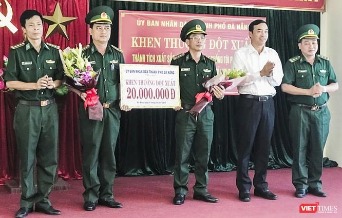 Đà Nẵng: Bắt 2 đối tượng vận chuyển 6kg ma túy giấu trong nồi cơm điện ảnh 1