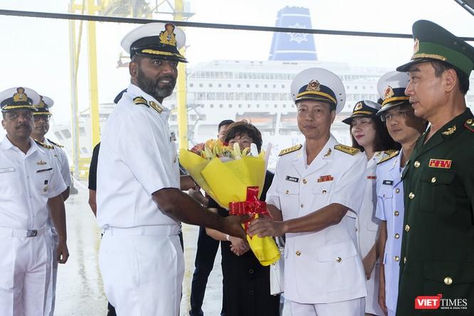 Cận cảnh chiến hạm tàng hình đa nhiệm Hải quân Ấn Độ ở Đà Nẵng ảnh 11