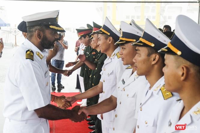 Cận cảnh chiến hạm tàng hình đa nhiệm Hải quân Ấn Độ ở Đà Nẵng ảnh 1