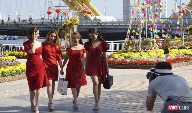 Đà Nẵng: Đến đường hoa Bạch Đằng, thấy Tết Canh Tý đang về rất gần ảnh 12