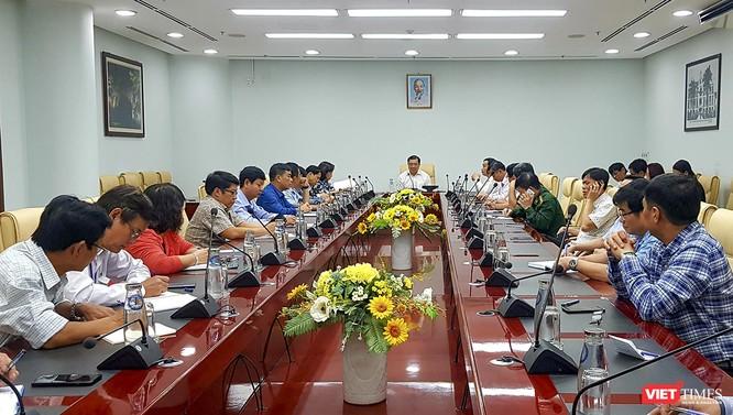 Đà Nẵng họp khẩn: Có thể thiết lập một bệnh viện dã chiến để phòng, chống dịch do virus Corona ảnh 1