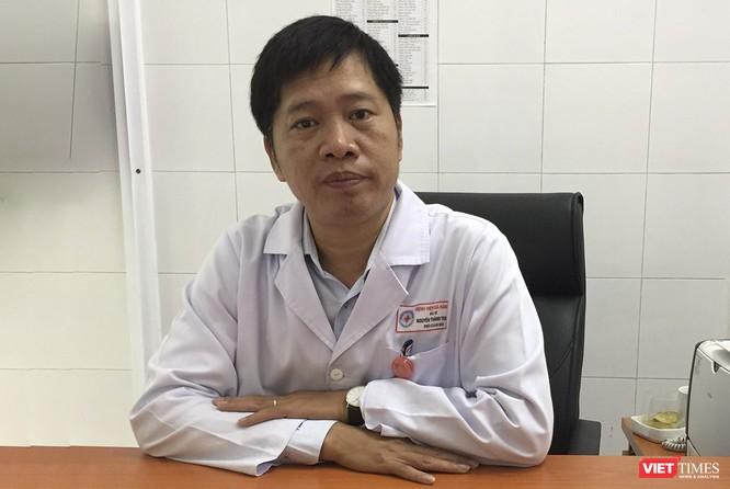 Bác sĩ Đà Nẵng nói gì trước thông tin COVID-19 lây qua nước thải và không khí? ảnh 1