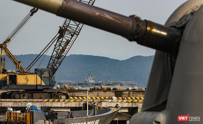 Toàn cảnh chuyến thăm của đội tàu USS Theodore Roosevelt (CVN-71) ở Đà Nẵng ảnh 5