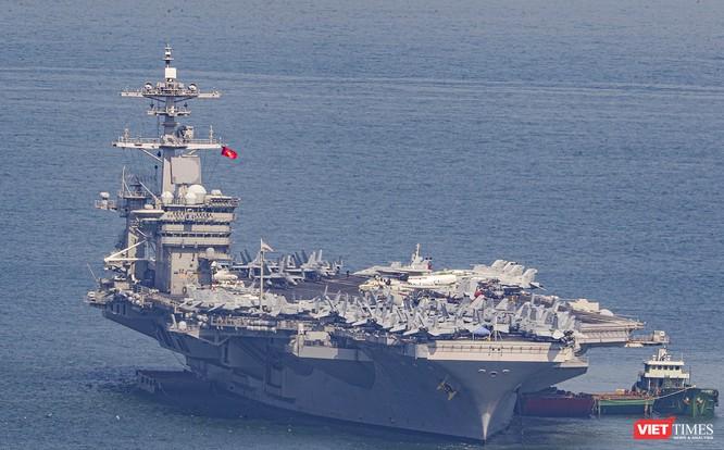 Toàn cảnh chuyến thăm của đội tàu USS Theodore Roosevelt (CVN-71) ở Đà Nẵng ảnh 7