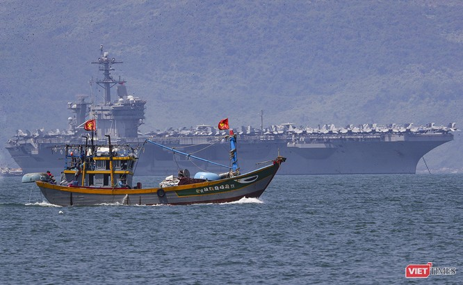 Toàn cảnh chuyến thăm của đội tàu USS Theodore Roosevelt (CVN-71) ở Đà Nẵng ảnh 23