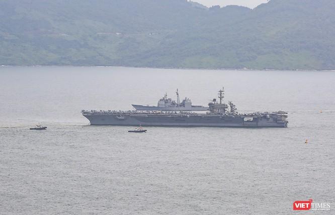 Toàn cảnh chuyến thăm của đội tàu USS Theodore Roosevelt (CVN-71) ở Đà Nẵng ảnh 4