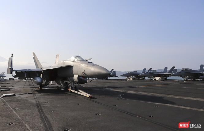 Toàn cảnh chuyến thăm của đội tàu USS Theodore Roosevelt (CVN-71) ở Đà Nẵng ảnh 58