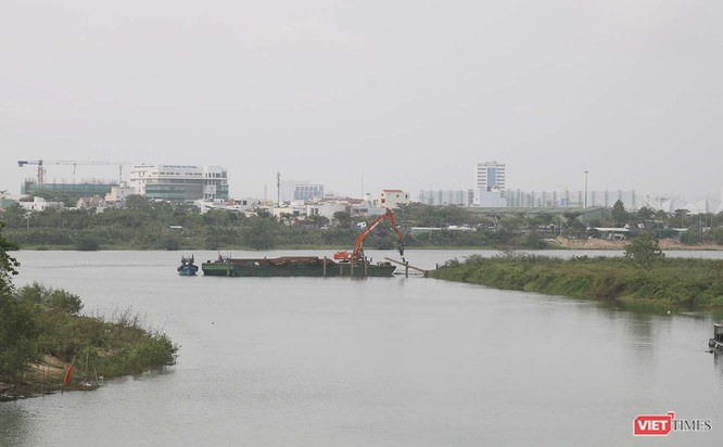Đà Nẵng đẩy nhanh tiến độ thi công đập ngăn mặn thứ 2 trên sông Cẩm Lệ ảnh 1