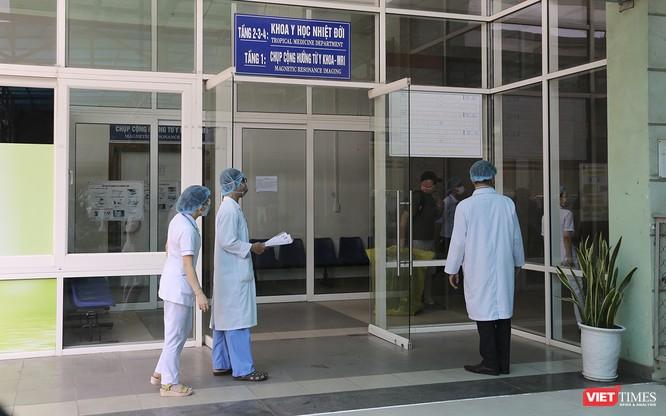 Đà Nẵng: 3 bệnh nhân mắc COVID-19 xuất viện ảnh 5