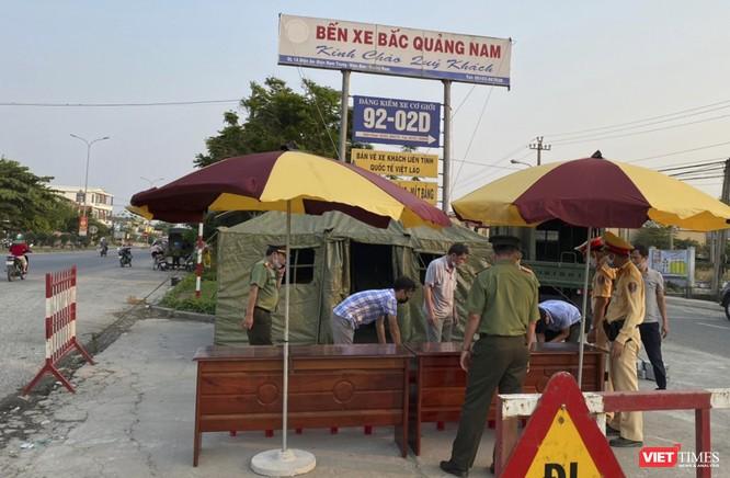 Quảng Nam: Triển khai 50 chốt kiểm soát, cách ly 413 người từ Hà Nội và TP HCM về quê ngày 1-4 ảnh 1