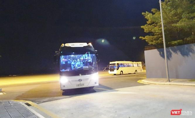 Đà Nẵng: Đón hơn 270 công dân từ Malaysia về nước ảnh 1