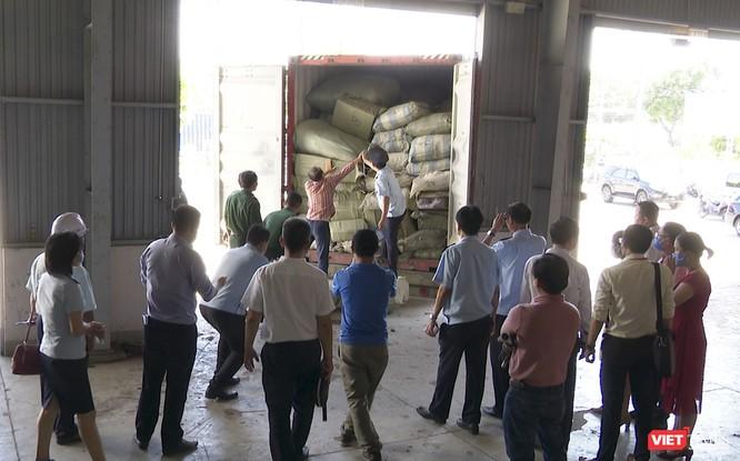 Đà Nẵng: Phát hiện gần 100 tần thảo dược núp bóng rau quả ảnh 1