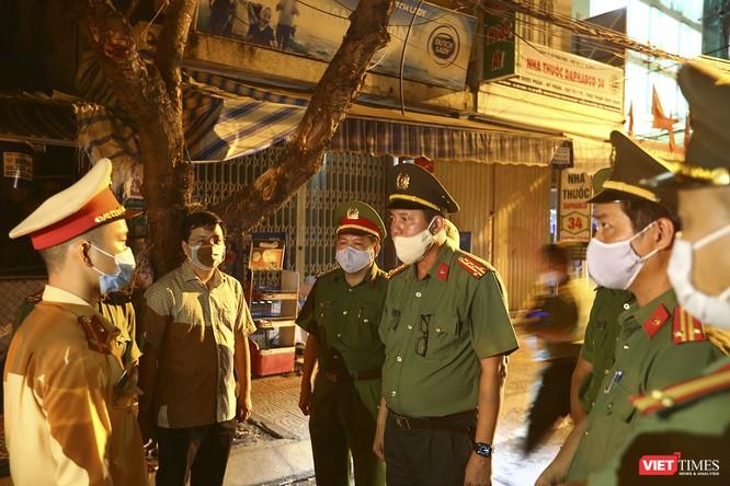 Ảnh: Đà Nẵng chính thức phong tỏa 3 bệnh viện để phòng COVID-19 ảnh 18