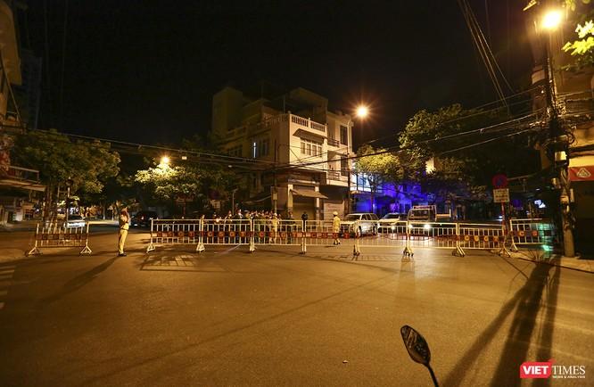 Ảnh: Đà Nẵng chính thức phong tỏa 3 bệnh viện để phòng COVID-19 ảnh 21