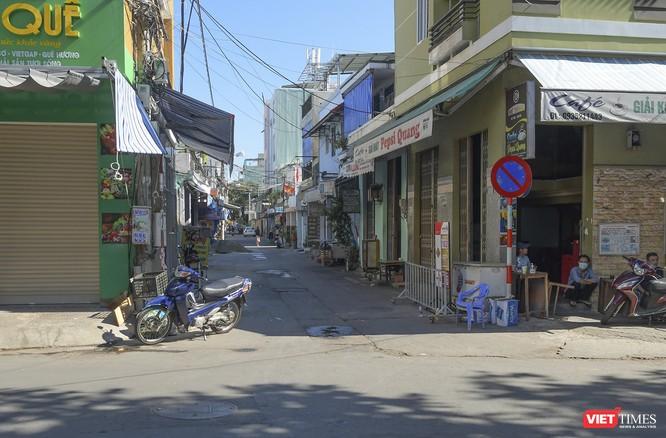 Đà Nẵng: Chợ An Hải Đông đã được dỡ rào chắn phong tỏa ảnh 1