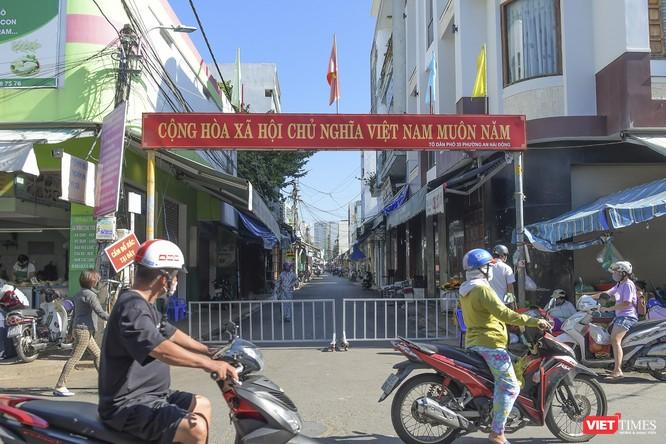 Đà Nẵng: Chợ An Hải Đông đã được dỡ rào chắn phong tỏa ảnh 3